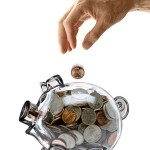 国、自治体は月収30万程度の家庭にどんな生活を強いるのか?
