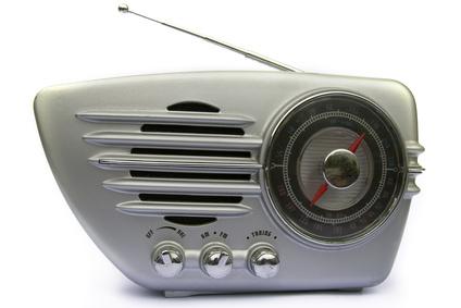 テレビのアンテナコードからFMラジオ。アンテナをスカイツリー使用にしてから、入らなくなった・・・